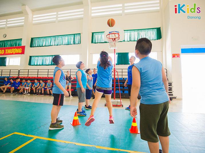 Tập bóng rổ phát triển chiều cao