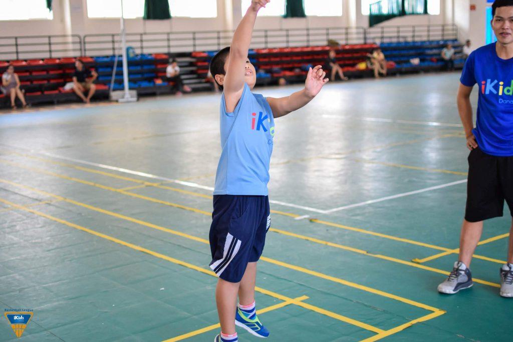 Tập bóng rổ giúp tăng chiều cao