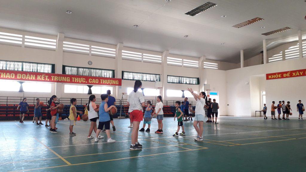 Môn thể thao nào phù hợp với trẻ 5-12 tuổi